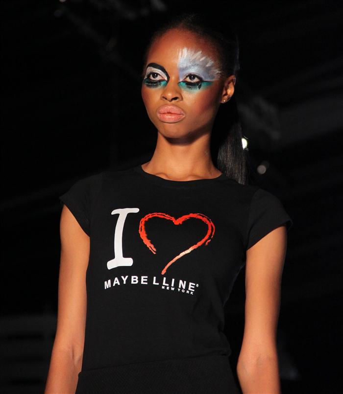 makeup showcase at LFDW2013 by maybelline newyork (1)