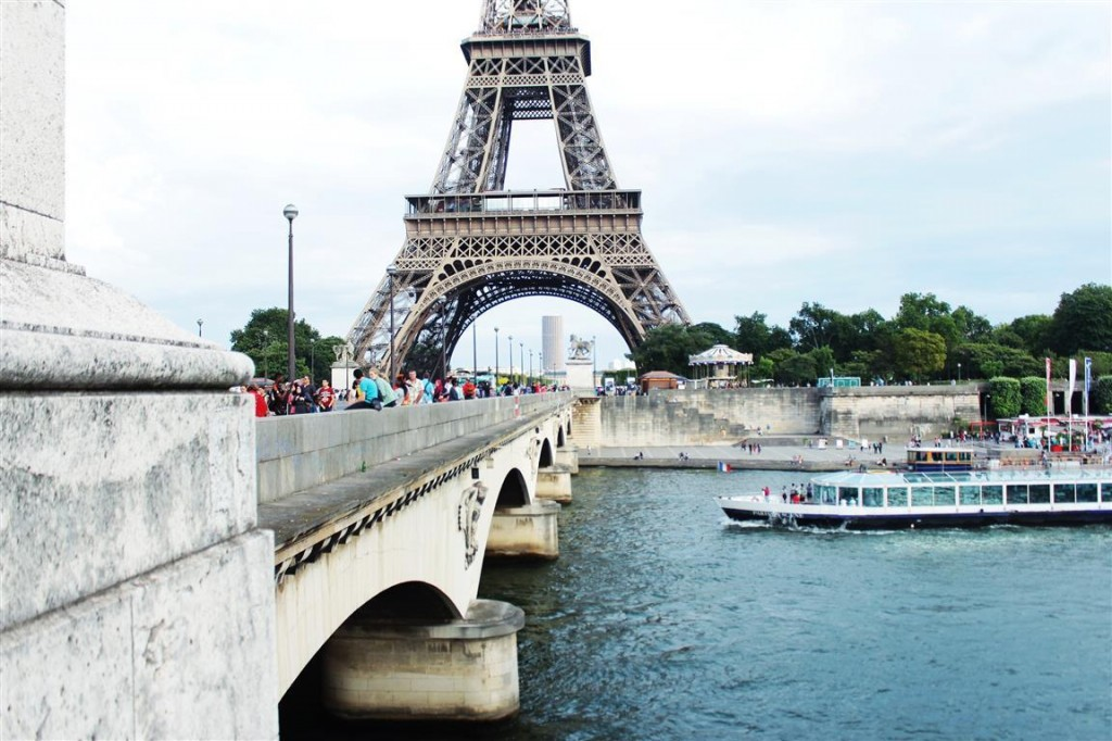 travelogues+paris+nigerian+girl+blog (25)+eifel+tower+view