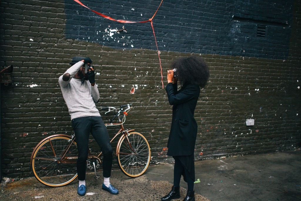 black-amazing-cool-photographers-couple-kenyan-rog-and-bee-walker-film-photography (46)
