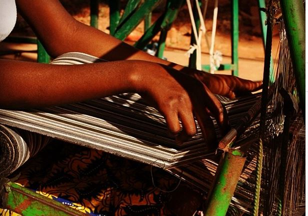 weaving-i-t-c-ethical-fashion-initiative-Africa-collaboration-kenyan-artisans-