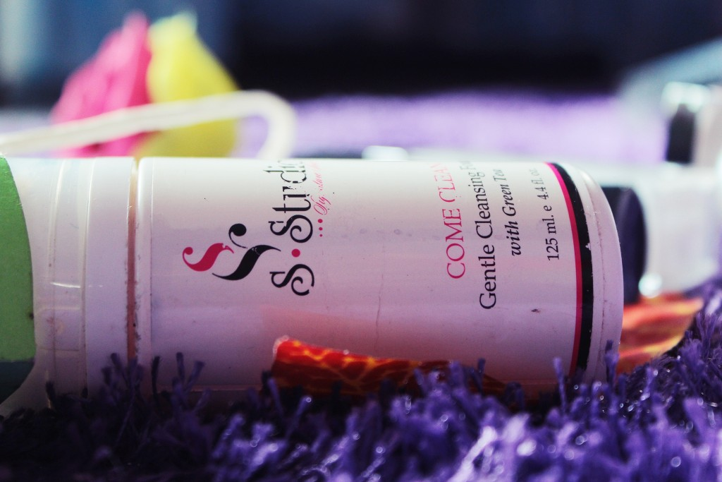 sleek+signature+series+review+skin+care+product+nigerian+come+clean+cleansing+foam (3)